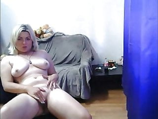 missvicky l-IVANNA SHpENDER with sweet pussy and nice ass