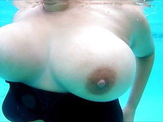 Tits underwater